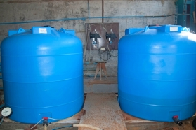 Ёмкости хранения гипохлорита (для обеззараживания сточных вод)