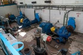 Монтаж нового оборудования в машинном зале водозабора.